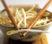 Brotes de soja al parmesano
