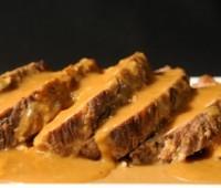 Pan de carne con salsa de zanahoria