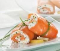 Rol de salmón ahumado