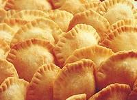 Pastelitos salados fritos y picantes