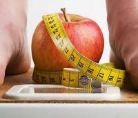 ¿Qué podemos comer entre horas para reducir el hambre cuando estamos a dieta?