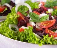 ¿Sabías que comer ensaladas es muy beneficioso?