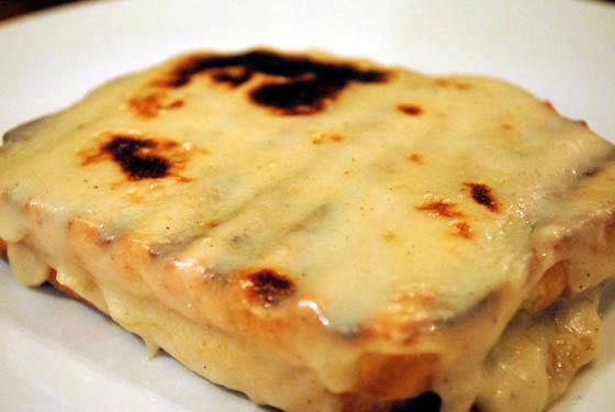 Croque monsieur t pico sandwich franc s cocinachic for Ingredientes tipicos de francia
