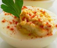 Huevos rellenos Pascuales