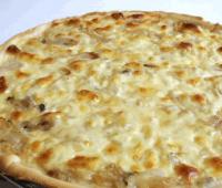 Pizza cuatro quesos: Receta rápida