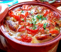 Atún al tomate en cazuela
