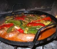 Chorizos con vino al disco