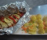 Pescado al horno con vegetales: Receta rápida con papel de aluminio