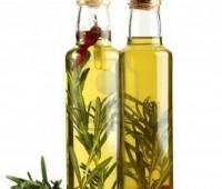Aceite aromatizado con hierbas