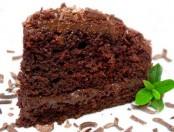 Bizcochuelo de chocolate exquisito y esponjoso
