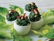 Huevos rellenos con espinacas al horno