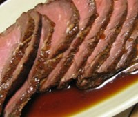 Roast Beef jugoso al vino tinto
