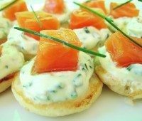 Blinis con mix de vegetales