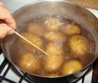 Papas con cáscara: cocinarlas con cáscaras es más saludable