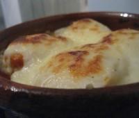 Cazuelitas de huevos con cebolla