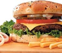 ¿Qué alimentos aumentan el colesterol en la sangre?