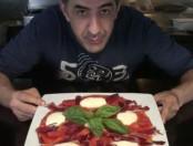 ¿Cómo se hace la pizza Diego Armando Messi? Pizza más famosa de Barcelona ( Video)