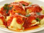 Tortelettis con salsa picante