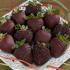 Frutillas bañadas en chocolate para Navidad