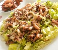 Fideos de calamar en ensalada tibia