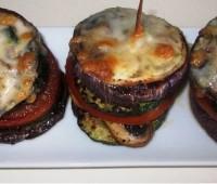 Torres de vegetales asados y gratinados