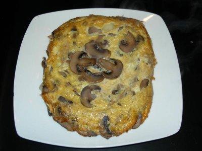 Tortilla-de-Champiñones-y-jamón