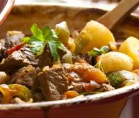 Bifes a la criolla de cocineros argentinos