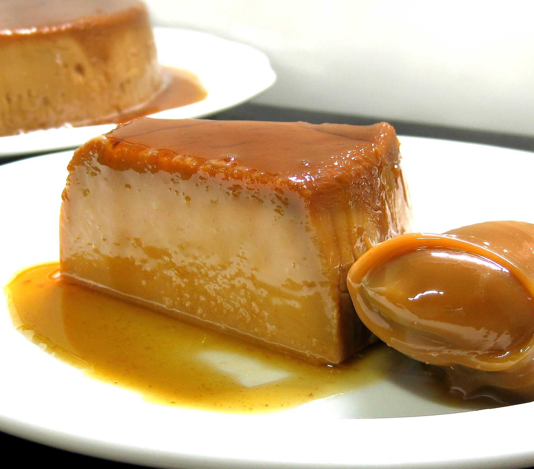 dulce-de-leche-flan-piece1.jpg