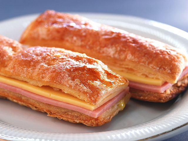 Fosforitos de jam n y queso caseros cocinachic for Canape de jamon y queso