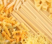 Cómo cocinar pastas en el microondas?