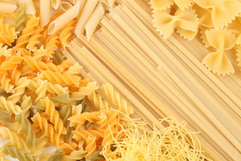 C mo cocinar pastas en el microondas cocinachic - Hacer pasta en el microondas ...