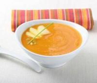 Sopa de zanahorias y manzanas para una noche invernal