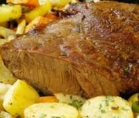 Cómo cocinar un trozo de carne al horno
