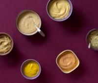 Variedad de salsas para untar