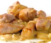 Salteado de cerdo con soja, miel y jengibre