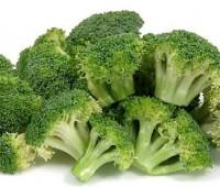 Brócoli con tomates naturales horneados
