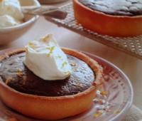 Tartaleta de chocolate amargo con crema de cointreau