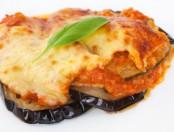 Cómo preparar unas exquisitas berenjenas a la parmesana
