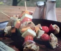 Riquísimos Brochette de pescado y vegetales