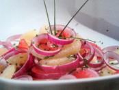 Ensalada de pomelo y cebolla