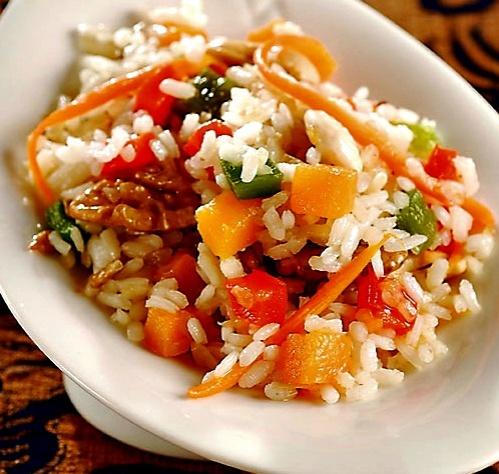 Exquisito arroz salteado con verduras cocinachic - Salteado de arroz ...