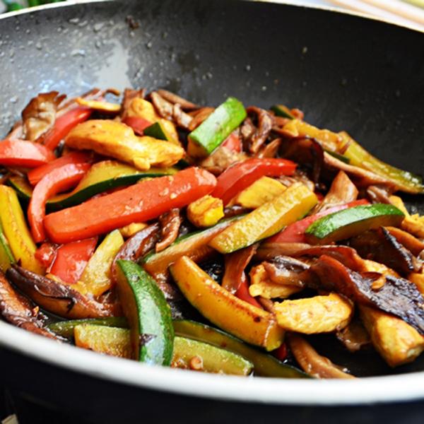 Deliciosos vegetales al wok cocinachic for Wok cuatro cocinas granollers