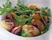 Ensalada de papas con champiñones salteados