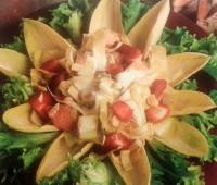 Trucha ahumada con endibias