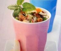 Ensalada de arroz salvaje con albaricoques
