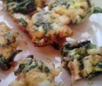 Ricos Buñuelos de bacalao con espinacas para compartir