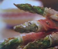 Recetas: Espárragos asados con jamón serrano