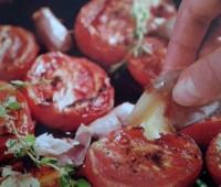 Deliciosos Tomates al ajillo
