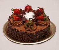 Tortas de cumpleaños: de chocolate, frutillas y merengue