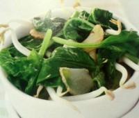 Espinacas con ajo y brotes de soja